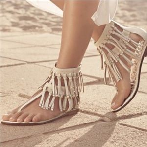 6e7387ddc1ce Sam Edelman leather fringe Griffen sandal size 10